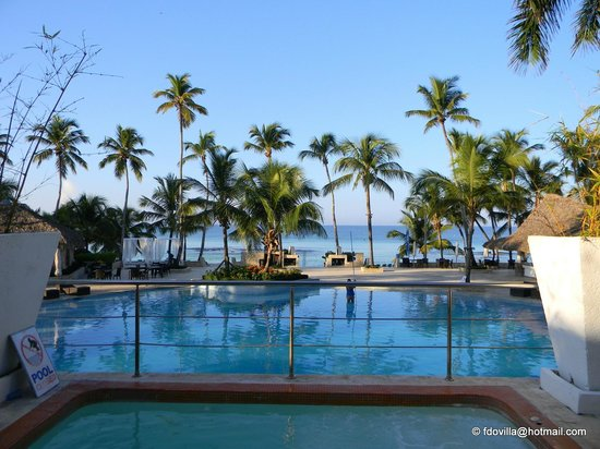 Photo of Hotel donde estaba italiano con coronavirus afirma vacaciones a empleados se debe a que su ocupación ha bajado un 35 %