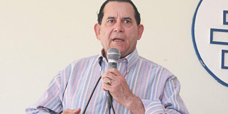 Photo of Senador Amílcar de acuerdo con propuesta de entregar 30% de AFP a empleados
