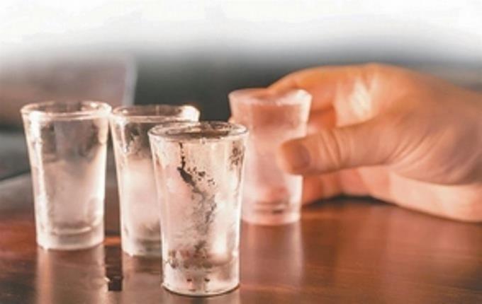 Photo of Siete personas han fallecido en Constanza en 72 horas supuestamente por consumir bebida adulterada