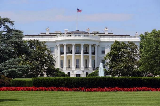 Photo of Realizan pruebas de COVID-19 a periodistas que cubren en la Casa Blanca
