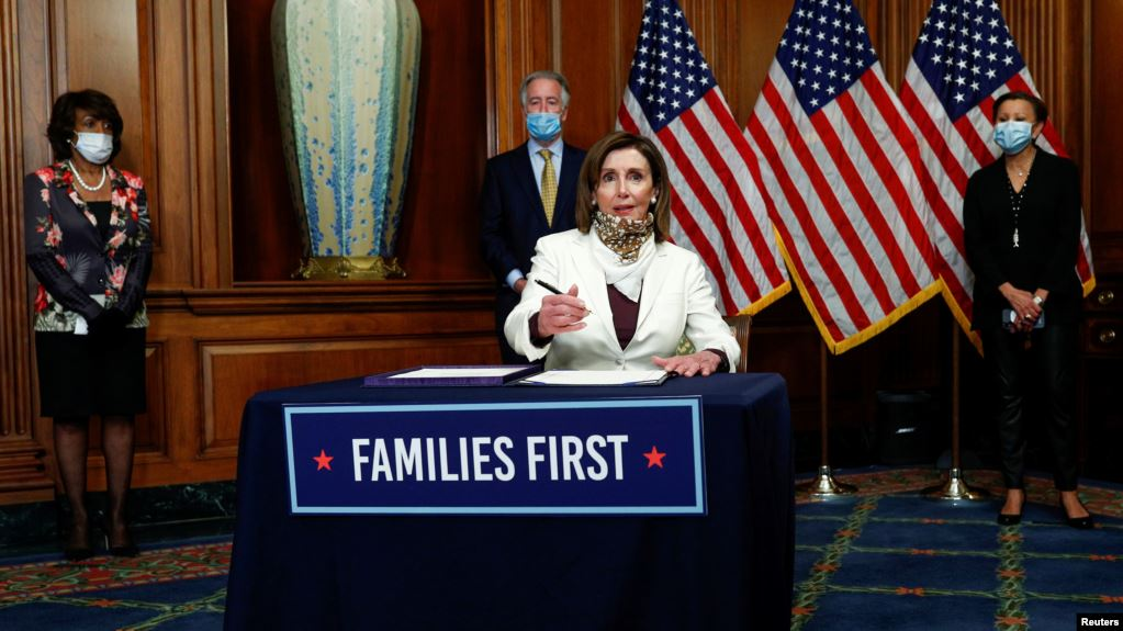 Photo of EEUU: Cámara aprueba ayuda US$484 mil millones a pequeñas empresas