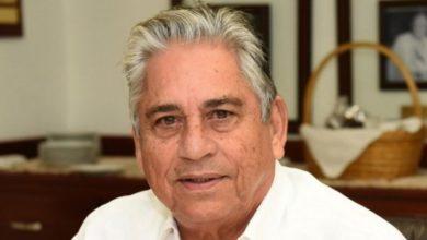 Photo of Winston Llenas: Rompió tarjeta al manager por no ser incluído en la alineación