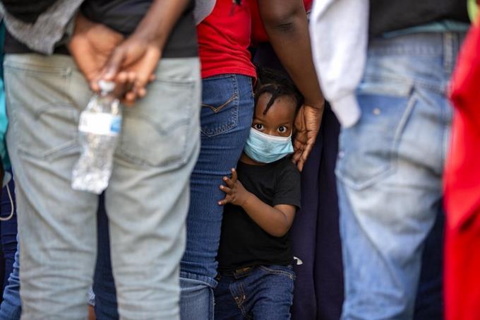 Photo of EEUU no para las deportaciones de haitianos, aún en medio del Covid-19