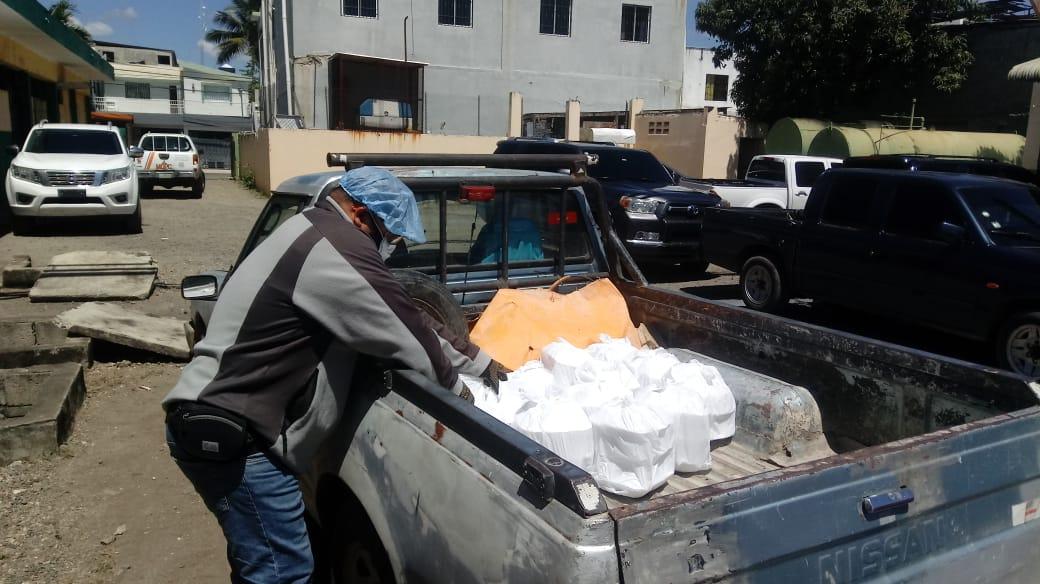 Photo of Titánica labor del Comedor Económico SFM en favor de los más necesitados