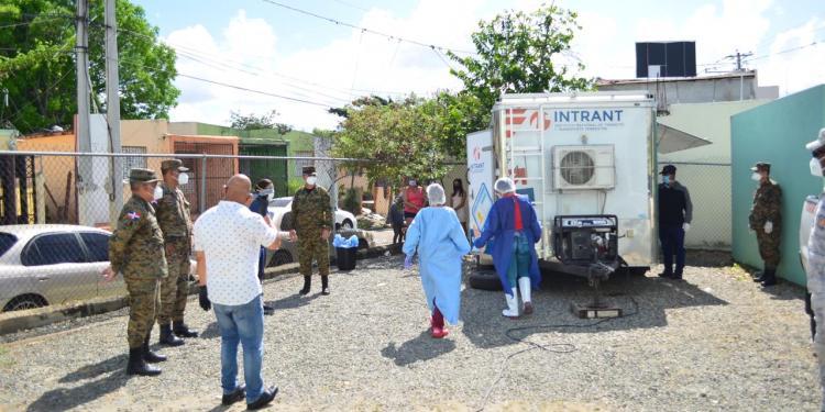 Photo of Ministerio de Defensa y Salud Pública responde con dos laboratorios a los sectores que pedían pruebas rápidas del Covid-19 en SFM