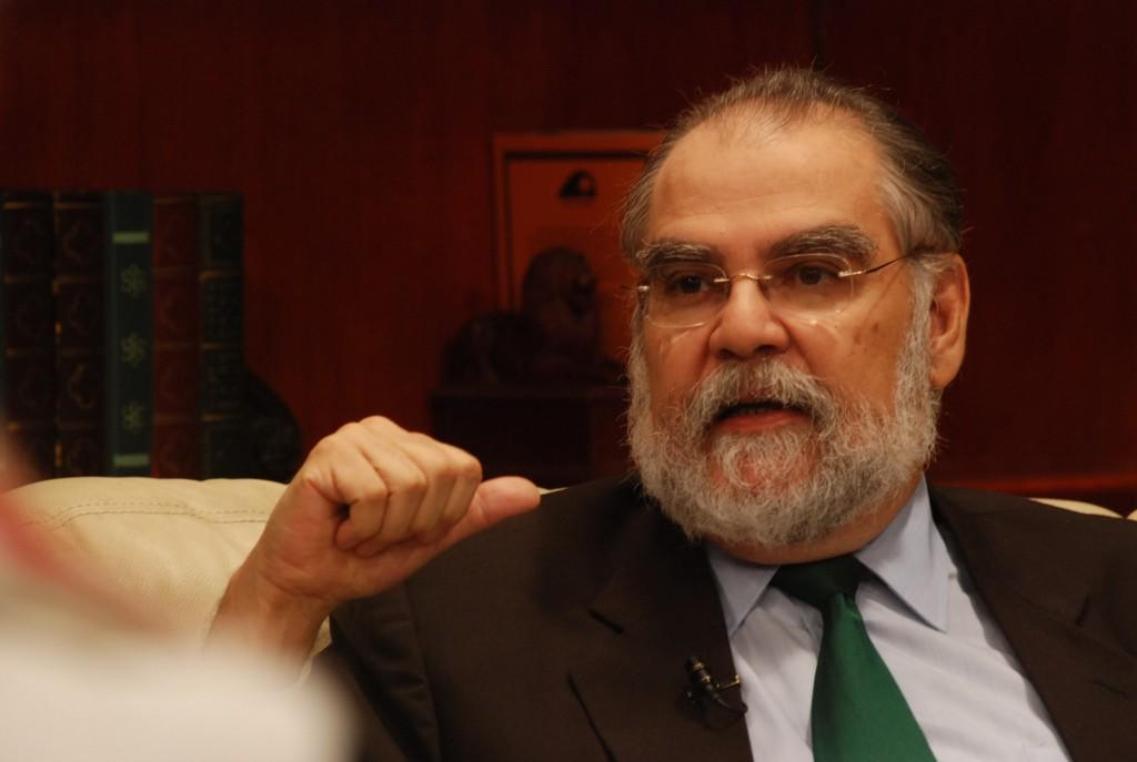 Photo of Ceara Hatton dice Gobierno se pudo ahorrar hasta mil millones de pesos en compra insumos médicos