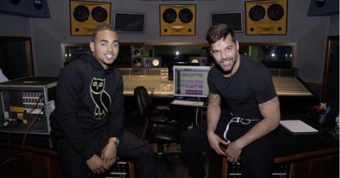 """Photo of Ozuna revela Ricky Martin lo sacó de la canción """"Tiburones"""" y desconoce el motivo"""
