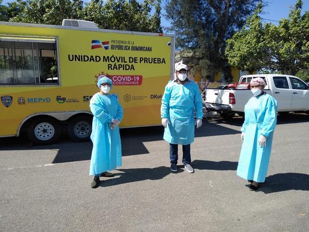 Photo of Inician pruebas rápidas masivas en Pimentel en busca de casos de COVID-19