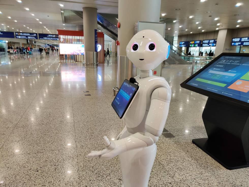 Photo of Robots, IA y GPS: la guerra tecnológica para combatir el coronavirus