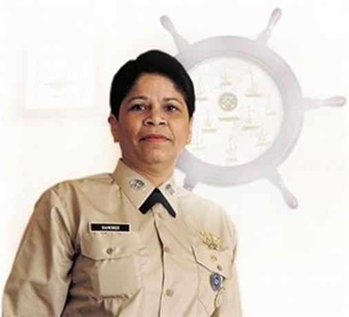 Photo of ¿Quién es la capitana Valery Sánchez, la nueva directora de salud de la provincia Duarte?