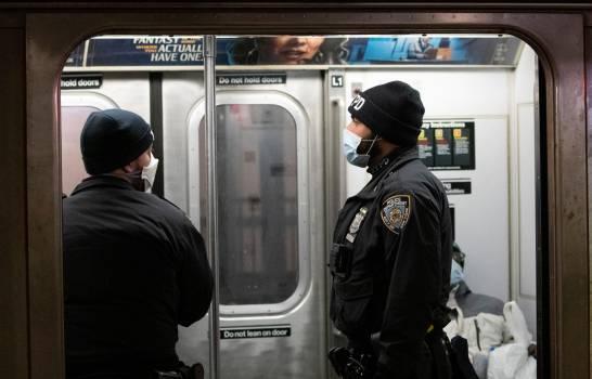 Photo of Concejales piden a gobernador de Nueva York cierre temporal del metro