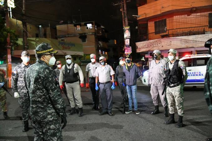 Photo of Director de la PN supervisa retenes en el Gran Santo Domingo