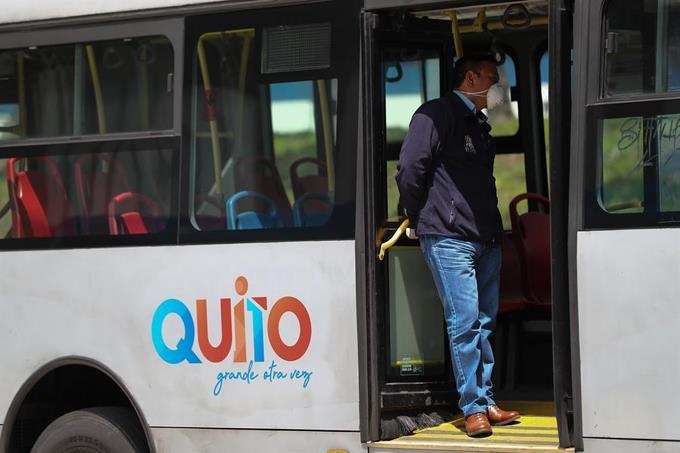 Photo of Ecuador duplica casos de contagio a 22.160 tras datos de pruebas retrasadas