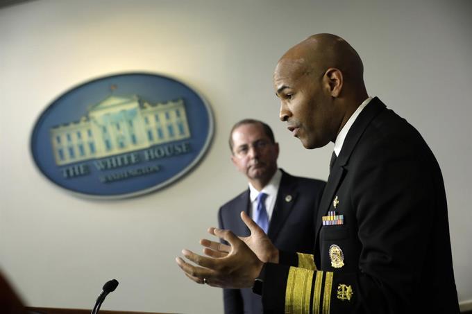 Photo of Estados Unidos se aproxima al «momento más triste» de la epidemia, según la Casa Blanca