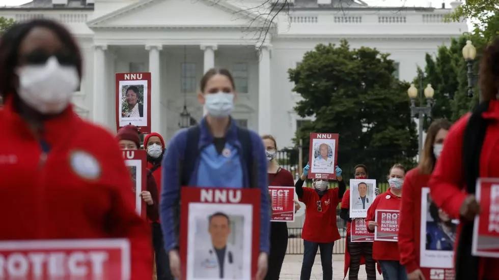 Photo of Enfermeras demandan a NY por falta garantías en lucha contra pandemia