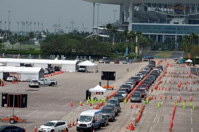Photo of Florida, con casi 500 muertes, sobrepasa los 21.000 contagios de COVID-19