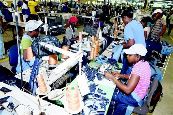 Photo of Haití reabrirá sus fábricas textiles el lunes tras cierre por coronavirus