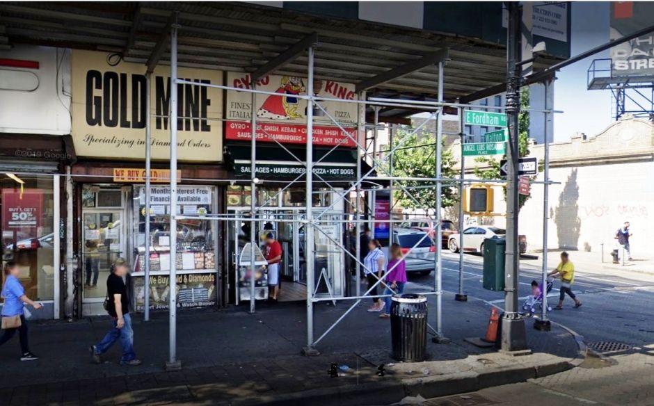 Photo of Cuatro ladrones roban más de un millón de dólares en joyas en El Bronx