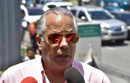 Photo of David Ortiz lamenta fallecimiento de cronista deportivo Leo López