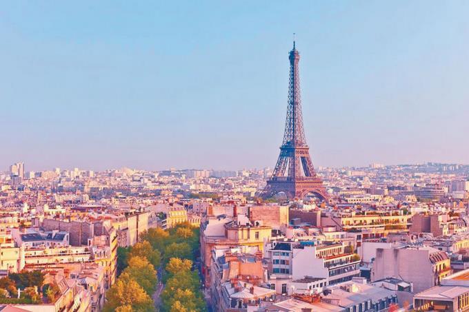Photo of Los franceses deberán trabajar más tras el confinamiento, dicen responsables económicos