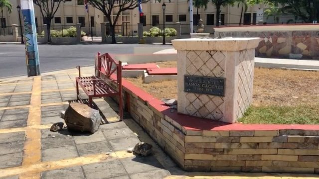 Photo of Vandalizan Plaza de Presidentes en Moca