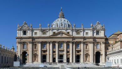 Photo of Reabren sus puertas este lunes todas las iglesias de Italia y del Vaticano