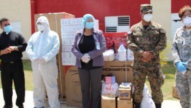 Photo of Senador Amílcar Romero entrega donaciones a los centros de aislamientos de SFM