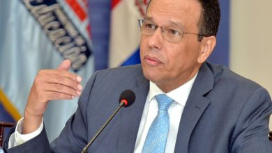 Photo of Ministro Educación presentará propuesta para que todos los estudiantes sean promovidos de grado