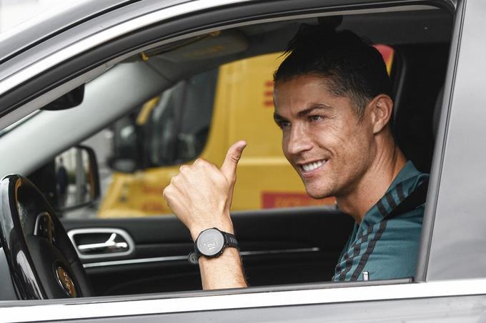 Photo of Cristiano Ronaldo regresa a los entrenamientos de Juventus