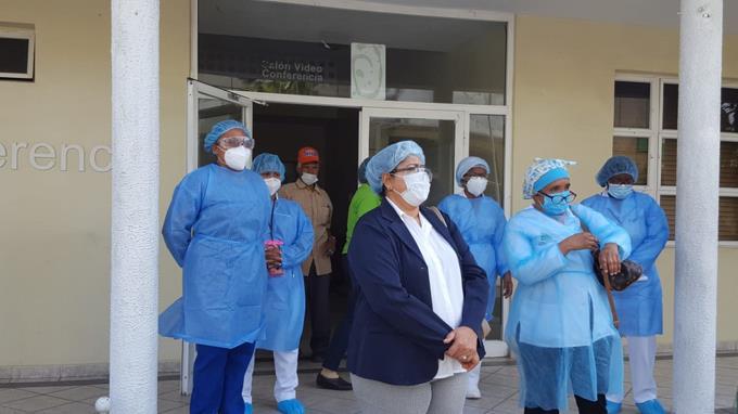 Photo of Enfermeras amenazan con paralizar labores si Salud Pública no cumple demandas de equipos de protección