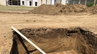 Photo of Todavía no ha sido enterrado el primer cadáver en fosa común
