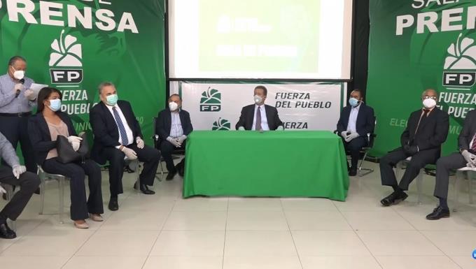 Photo of Gedeón Santos y otros exdirigentes del PLD se juramentan en la FP
