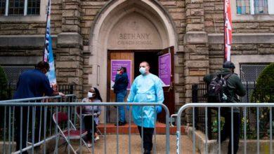 Photo of Cuomo alerta que mayor propagación del coronavirus sigue en comunidades pobres y de color en NY