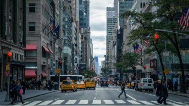 Photo of NY tiene repunte en los fallecidos por COVID-19 pero apuntala su reapertura