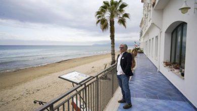 Photo of Balnearios desolados en inicio del verano en el Mediterráneo