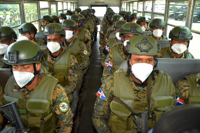 Photo of Defensa envía militares a la frontera para contener y evitar propagación del coronavirus
