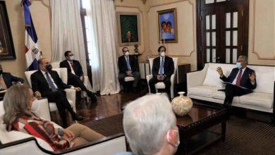 Photo of El presidente Medina lleva dos días evaluando resultado apertura