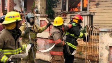 Photo of Un incendio destruye tres viviendas en el sector Bella Vista, de Santiago