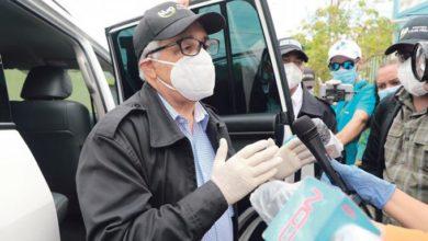 Photo of Ministro de Salud advierte el país afronta desafío al abrir actividades