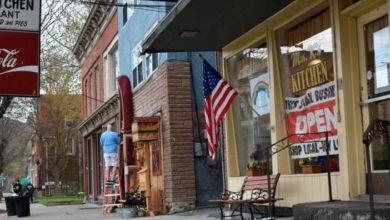 Photo of Comerciantes Nueva York exigen la reapertura de todos los negocios