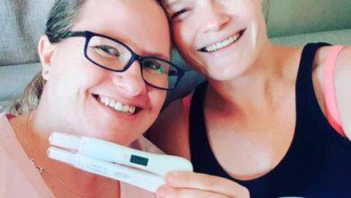 Photo of Pareja de lesbianas queda embarazada al mismo tiempo y del mismo donante de esperma