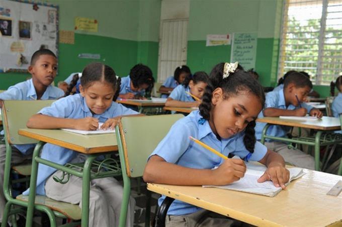 Photo of Padres y madres muestran preocupación por protocolos para volver a las aulas