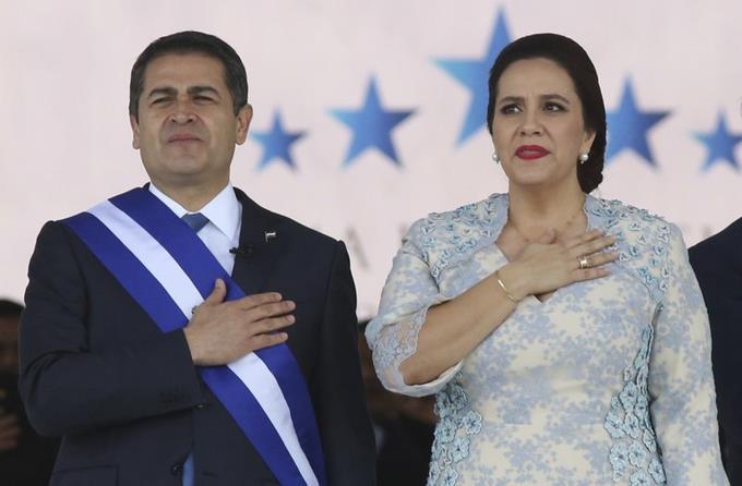 Photo of El presidente de Honduras y su esposa tienen coronavirus