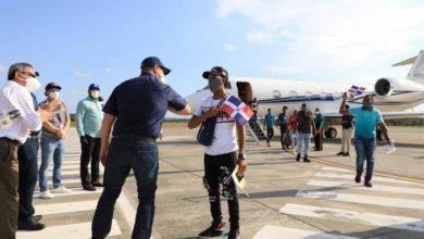 Photo of Gonzalo dice ha gastado 55 millones en «vuelos humanitarios»; 97 millones en arroz y otros 44 millones en leche