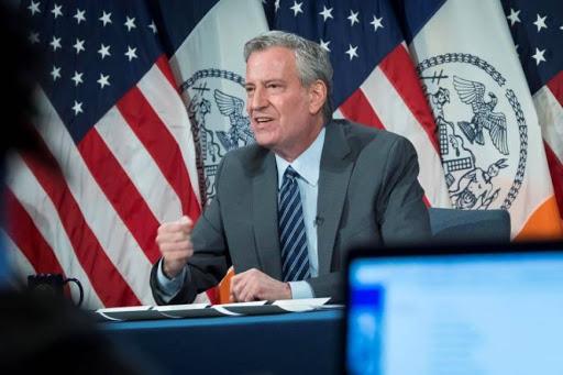 Photo of Tras masiva protesta, Alcalde levanta toque de queda en Nueva York
