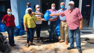 Photo of JARABACOA: Consejo de Apoyo dona alimentos a envejecientes