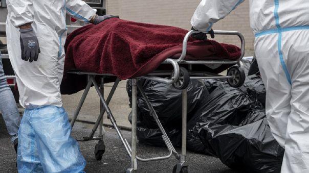 Photo of Nueva York registró su cifra más baja de fallecidos por coronavirus con 35