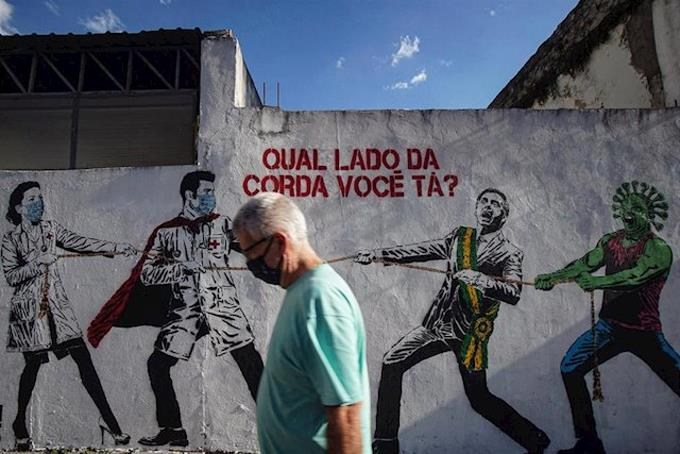 Photo of Brasil registra por tercer día consecutivo más de 1,200 muertes por coronavirus