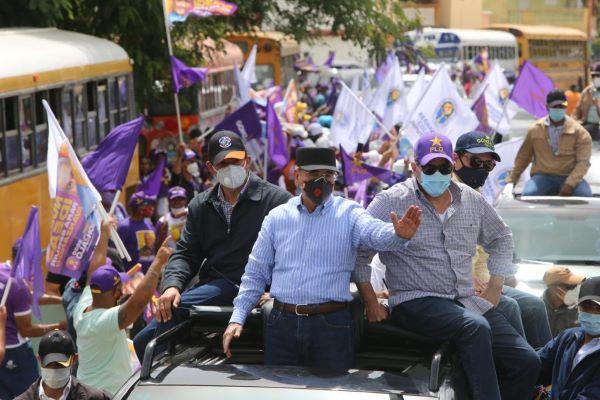 Photo of Medina y Castillo recorren 4 provincias en recta final de la campaña electoral