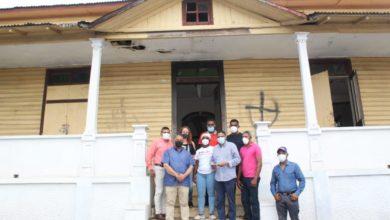 Photo of Fundación Luis Ernesto Camilo realiza importante donación a la Casa de la Cultura de Villa Riva